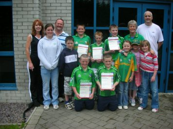 cappagh-handball-munster-finalists-2007-and-supporters